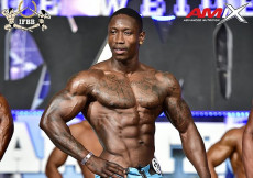 2016 Olympia Spain - muscular mens physique