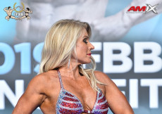 Master Bodyfitness 45y - 2019 European Championships