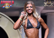2015 Arnold Classic Amateur Fitness Bikini Semifinal