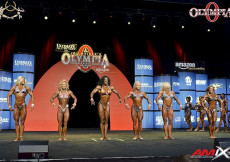 2015 Olympia - Prejudging W Physique Olympia