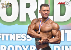 2020 World, Sunday - Classic Physique Overall