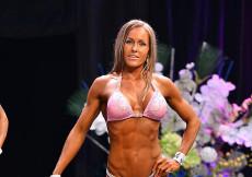 2014 Pohárová súťaž - bikini fitness 2