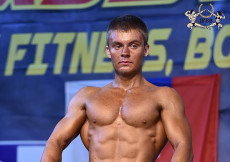 2015 M-SR juniorov - kulturistika do 70kg