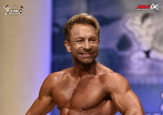 2018 World Master - Mens Physique 40-44y